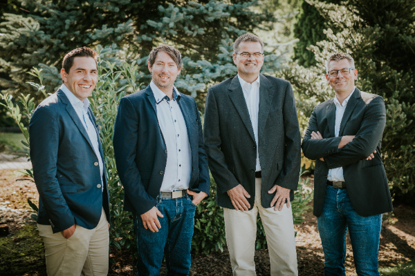 Founder and CEO (v.links): Julian Caspari, Sven Kühmichel, Ralf Rohrbach, Sven Salzer